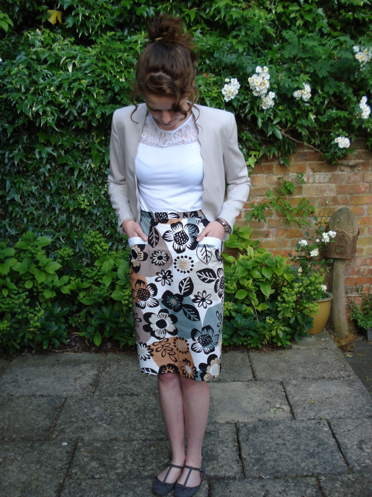 Barbara - a 50's inspired wiggle skirt (6/6)