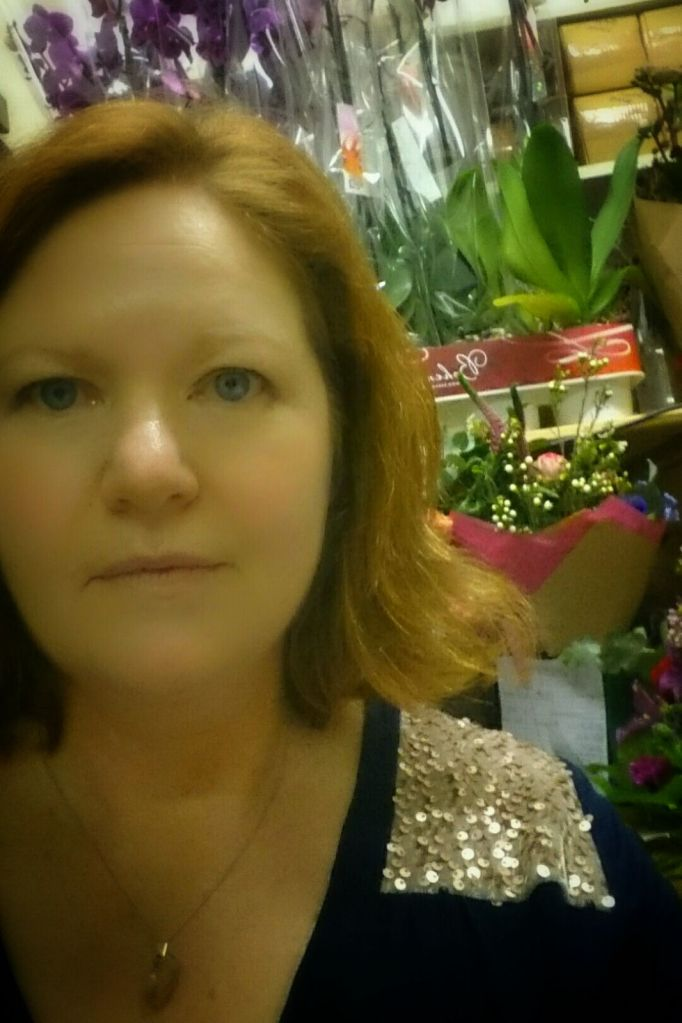 A sneaky selfie in the back of the florists, the first outing for my Camas Blouse