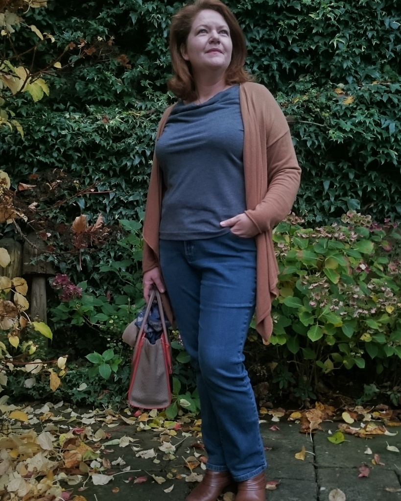 A very wearable, and much worn already, first version of the cowl drape tee.