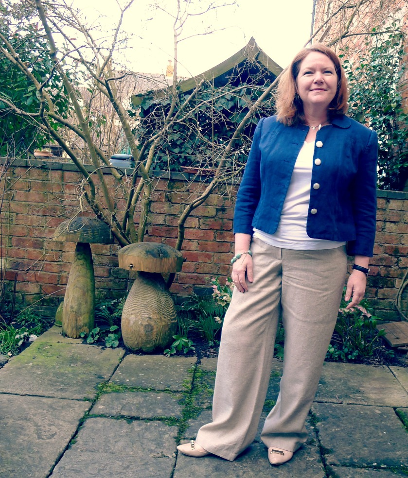 Moar linen trousers for me!