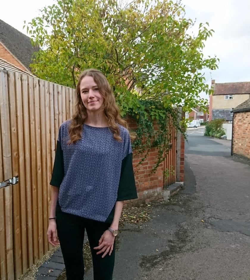contrast sweatshirt 2