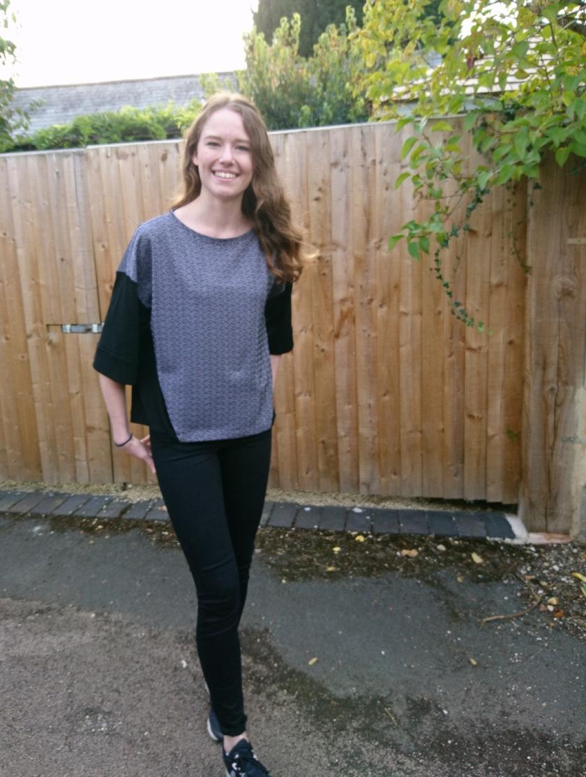 contrast sweatshirt 4